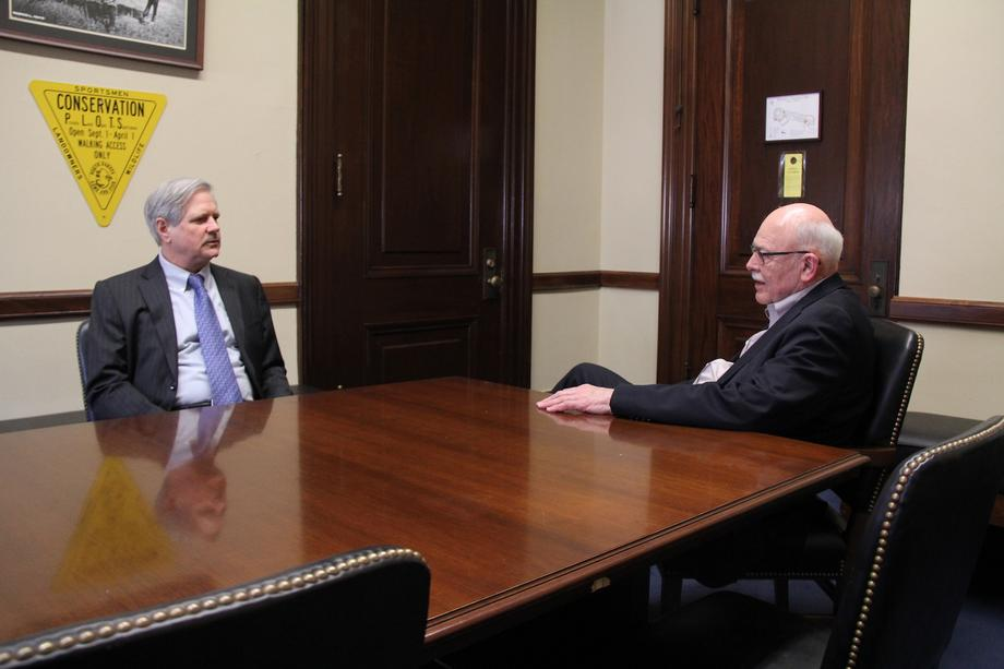 January 2019 - Senator Hoeven meets with North Dakota Secretary of State Al Jaeger.