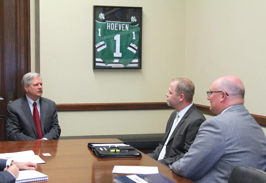 July 2018 - Senator Hoeven meets with school superintendents from Jamestown and Underwood.
