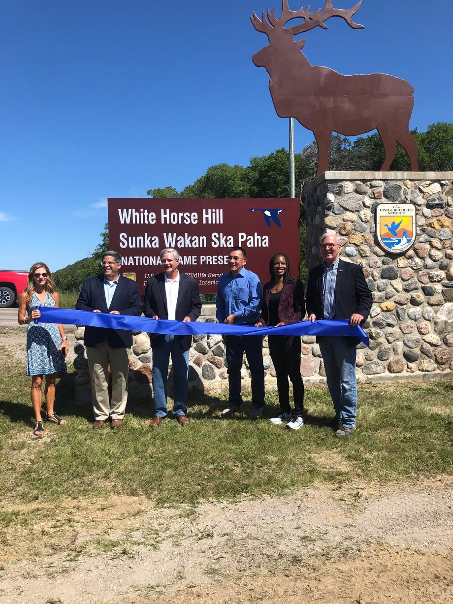 August 2020 - Senator Hoeven, along with others, at the renaming ceremony of White Horse Hill National Game Preserve.