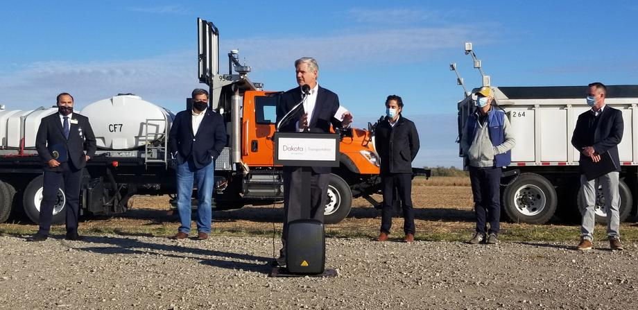 October 2020 - Senator Hoeven helps unveil North Dakota's first autonomous truck.