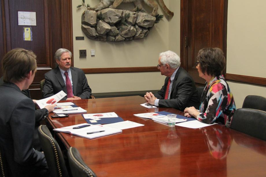 March 2020 - Senator Hoeven meets with members of the Upper Plains Cardiopulmonary Rehabilitation Association.