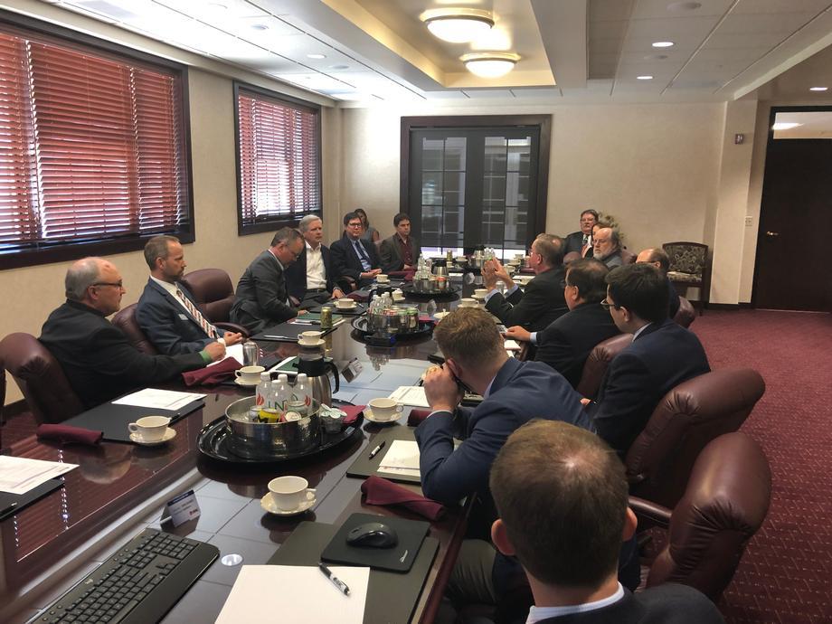 August 2019 - Senator Hoeven at UND EERC with DOE officials.